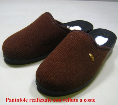 5856a Pantofola in velluto a coste